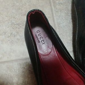 Gucci Shoes - Pair of used leather Gucci ballerina flats